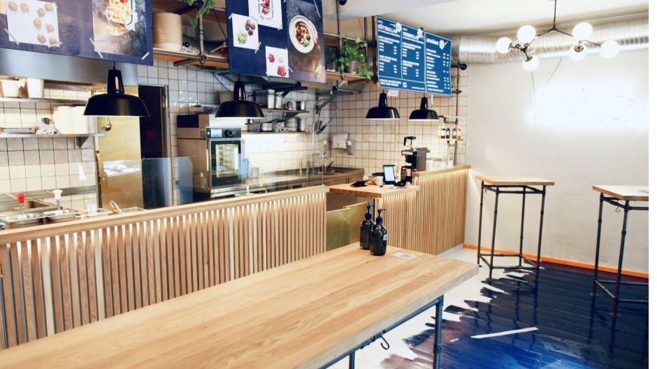 No more an Ikea-exclusive: Kreuzberg restaurateurs Henrik Möller and Michael Hubert opened what is probably the first Köttbullar restaurant in Germany in Berlin. They set great store by sustainable ingredients directly from the producer. Of course there are also meatless varieties.