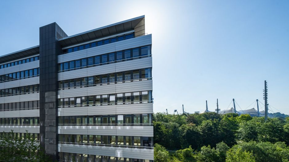 Space for New Work - in green surroundings near Munich's famous Olympic Stadium.