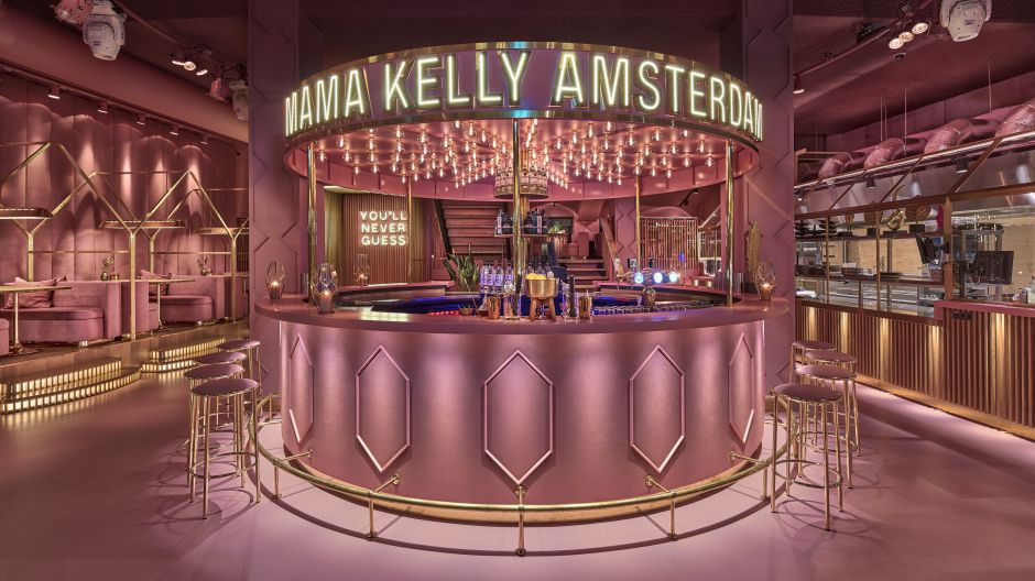 Life is Better in Pink - so lautet das Motto des Restaurants MaMa Kelly in Amsterdam.