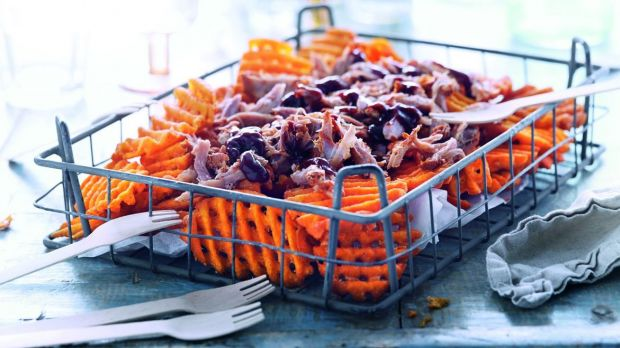 Fingerfood zum Oktoberfest: Pulled Pork Sweet Potato Crisscuts