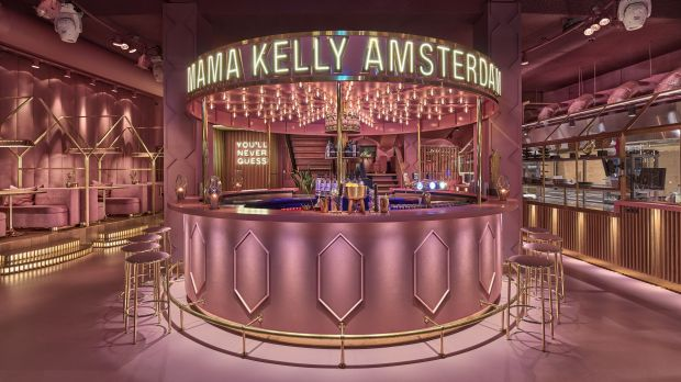 Amsterdam: MaMa Kelly – markantes Interieur und besondere Signature ...