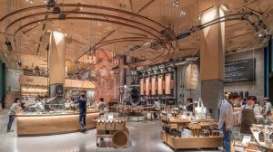 Die neue Starbucks Roastery in Tokio.