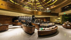 Starbucks Store im Schanghai Disney Resort.