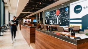 East Side Berlin: The new Casualfood flagship concept for Berlin Airport.