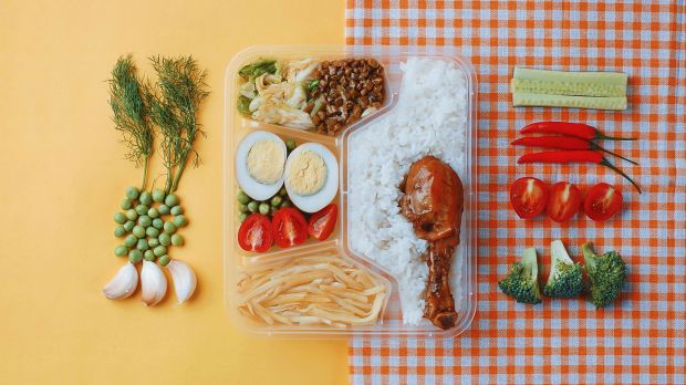 In answer to the Covid-19 pandemic, restaurants around the world are introducing meal kits.