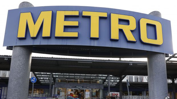 Metro launches food delivery service in France.